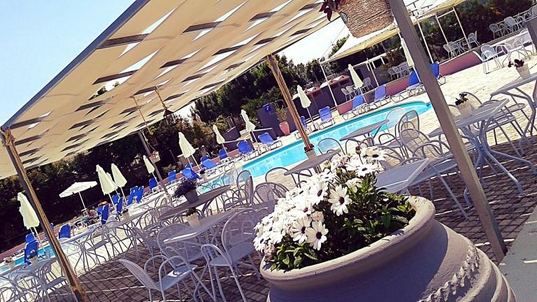 Resort Pool Bar..τέλος σεζόν!!